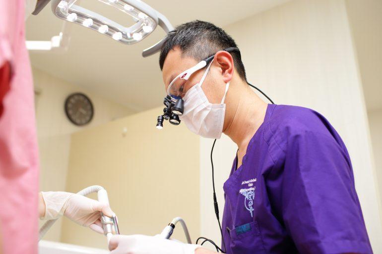 痛みを抑えた虫歯治療